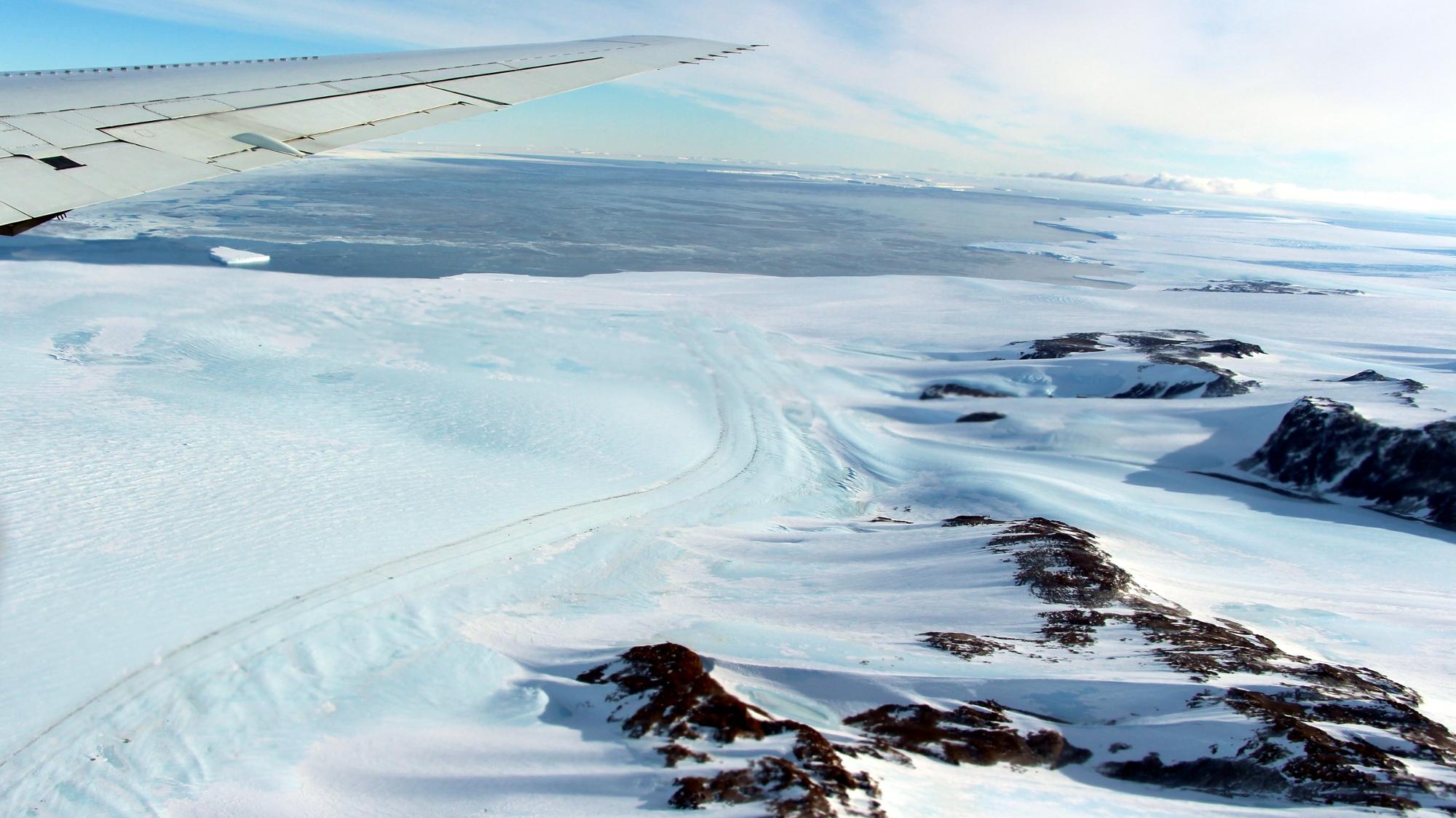 Hull Glacier.jpg