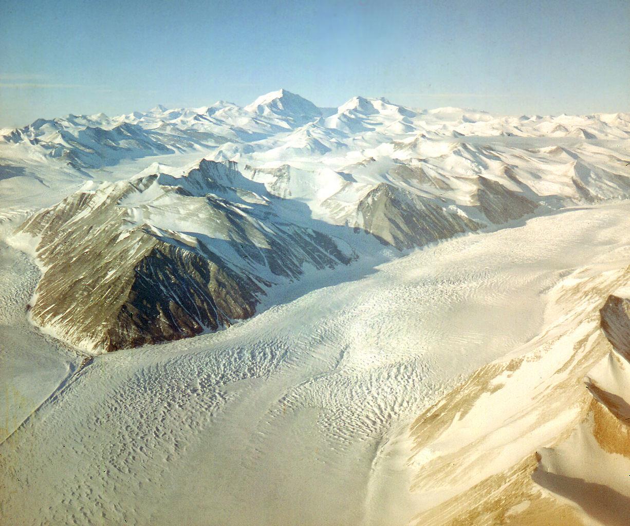 Beardmore Glacier - Antarctica.jpg